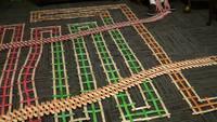 Un nouveau genre de dominos