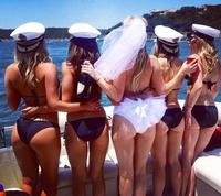 la marine recrute ...