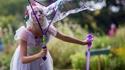 Une gentille fée qui fait une gentille bulle... ou non !