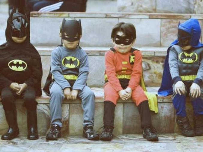 3 Batman pour un seul Robin.