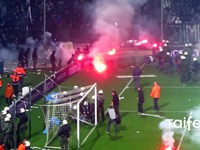 Olympiakos fans attacked Anderlecht fans in Athens
