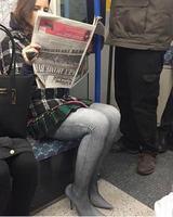 A quoi on reconnaît une australienne dans le métro.