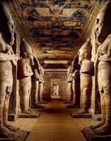 Statues de Ramsès II dans le Grand Temple d'Abou Simbel