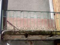 Ya du monde au balcon