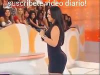 Danseuse brésilienne très sexy à la télévision