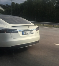Rouler en Tesla