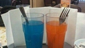 Deux verres sur la table