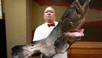 L'art de la préparation d'un gros poisson