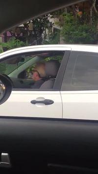 Papy en voiture