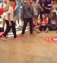 Tentative de danse