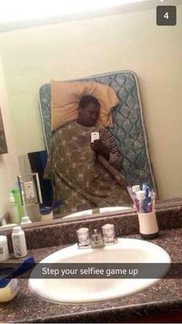 Selfie dans son lit