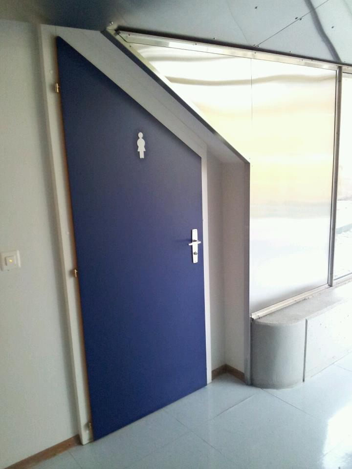 porte sur mesure. Black Bedroom Furniture Sets. Home Design Ideas
