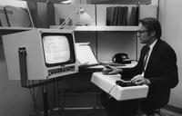 Douglas Engelbart, l'homme qui a inventé la souris