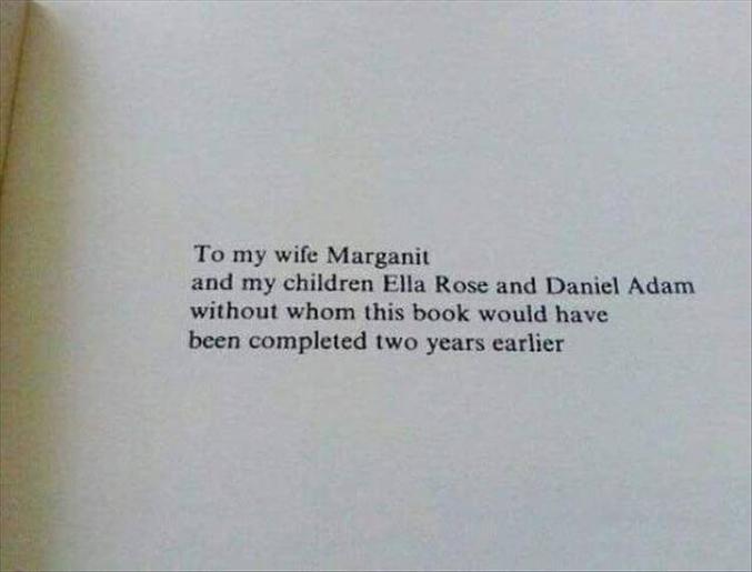 A ma femme et mes enfants, sans qui ce livre aurait été fini deux ans plus tôt.