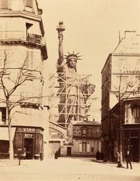 La Statue de la Liberté en construction à Paris en 1884