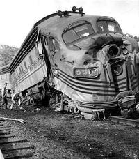 Train ayant malencontreusement heurté Superman...