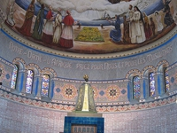 Dans la basilique Notre-Dame d'Afrique, à Alger