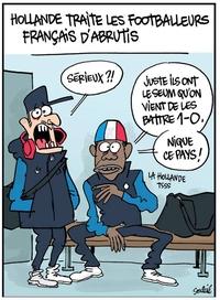 Hollande traite les footballeurs français d'abrutis