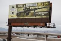 Un panneau publicitaire détourné près de Las Vegas