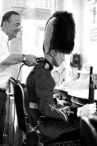 Des poux dans la garde Britannique.