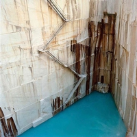 Une carrière de marbre inondée...