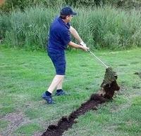Kan le gai laboureur joue au golf