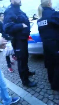 Violence policière gratuite
