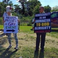 l'homosexualité est une abomination pour DIEU tout puissant Lévitique 18: 22