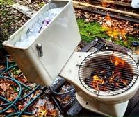 Recyclage de chiottes pour l'été