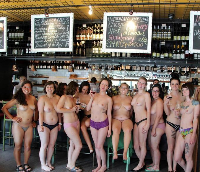 Happy Hour ? On ne fait pas attendre les dames au bar !!