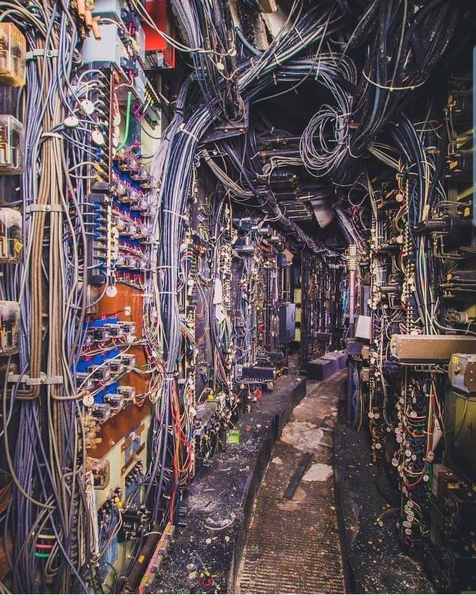 Il semblerait que se soit le sous sol d'une centrale électrique désaffectée près de Chicago.