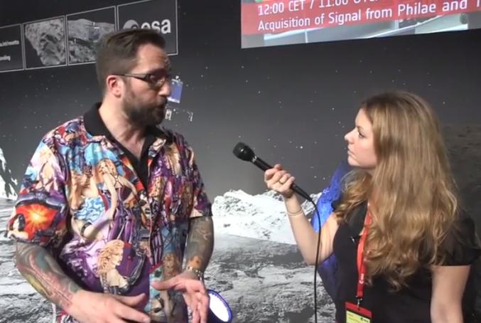Matt Taylor, scientifique britannique travaillant pour l'ESA depuis et scientifique sur le projet Rosetta, s'est présenté lors des interviews à l'occasion de la mission avec une chemise pour le moins 'étonnante', à la fois dans la vraie vie et pour l'occasion. Cette chemise a été confectionnée pour son anniversaire par une de ses amies, Elly Prizeman, styliste de métier. Matt Taylor a suscité de très vives réactions à son encontre pour misogynie ou, plus loin encore, pour l'ensemble de la société scientifique que certaines déclarent 'totalement fermée aux femmes car elles ne veulent pas venir travailler dans de telles conditions' ou, plus ironiquement, 'sont totalement les bienvenues dans la communauté scientifique, suffisant de demander à ce mec en chemise'.  L'ESA n'a pas pris la peine de convoquer Matt Taylor pensant que 'ce n'est pas son rôle de regarder comment ses collègues sont habillés'. Cependant, Matt Taylor s'est excusé, en pleurs, en affirmant de lui même 'avoir commis une très grosse erreur', 'indigne de l'occasion' et comprenant par ailleurs 'avoir heurté énormément de personnes'.