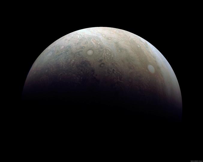 Photographié par la sonde Juno (NASA) le 11 décembre. https://www.missionjuno.swri.edu/junocam/processing?id=375 http://apod.nasa.gov/apod/astropix.html