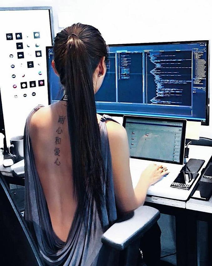 Bonjour, je souhaiterai participer pour la v3. Je code et j'ai quelques notion de hacking.
