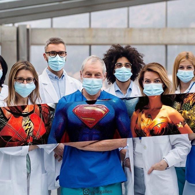 Le vrai costume des services médicaux.