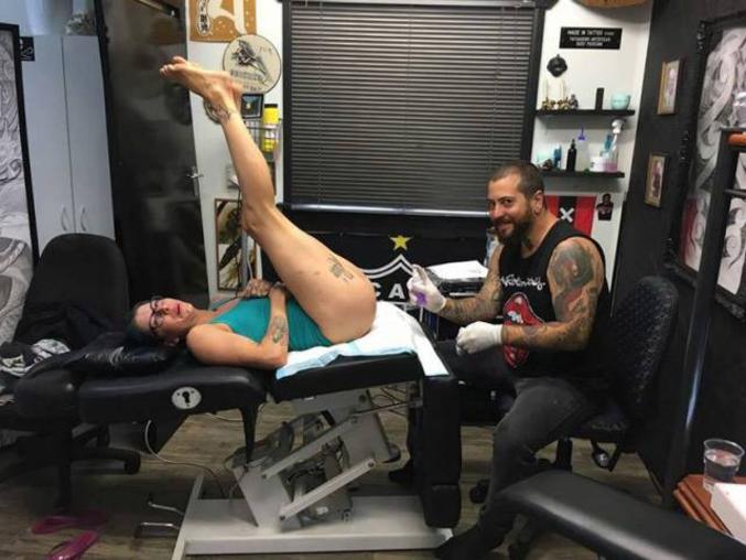 """On ne le répètera jamais assez: """"Ce qui est tatoué est à moué !"""""""