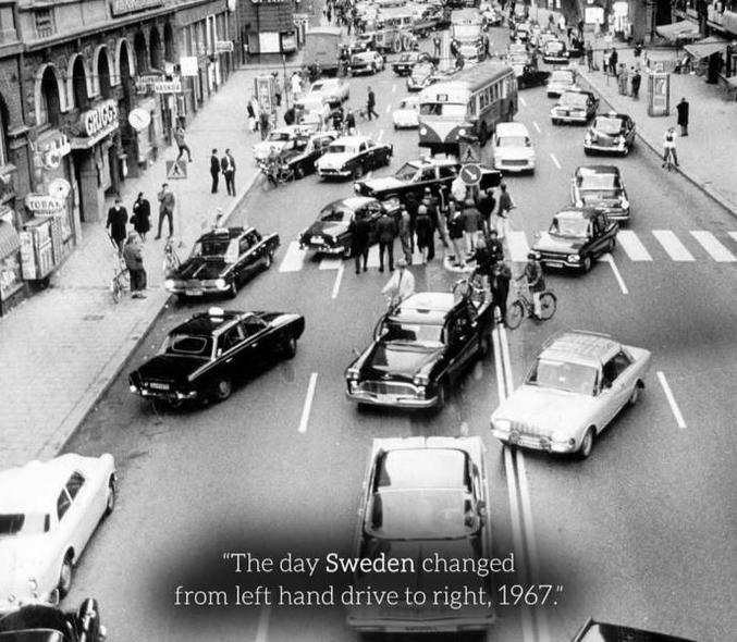 Le dimanche 3 septembre 1967, la Suède cessait de circuler à gauche pour rouler à droite. En vue de l'harmonisation avec ses voisins norvégiens, finlandais et danois.