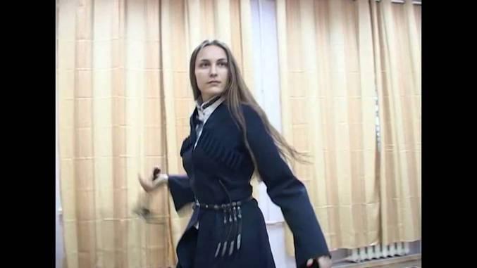 Quicklist 53 russian girl dancing
