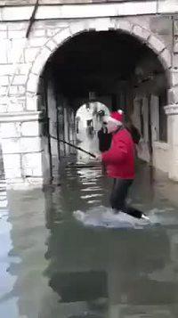 Pendant ce temps là, à Venise