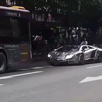 Grosse voiture