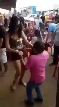Il assure en danse