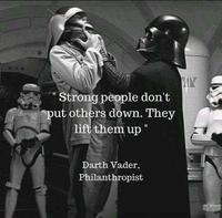 """""""Les gens forts n'abaissent pas les autres. Ils les élèvent."""""""