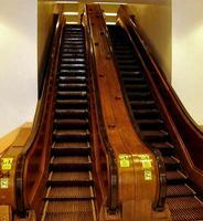 Le plus vieux escalator en service au Macy's, Herold square New York