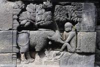 Bas relief à Borobudur