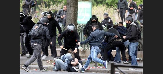 ... la Police marque en tête des Gilets Jaunes !