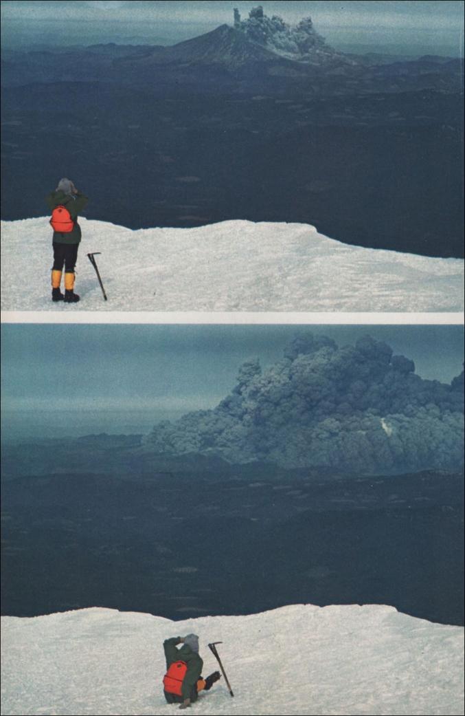 L'éruption du mont Saint Helens vu du Mont Adams. Le 18 Mai, 1980.