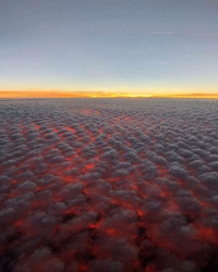 30 000 pieds au-dessus de la Californie en feu