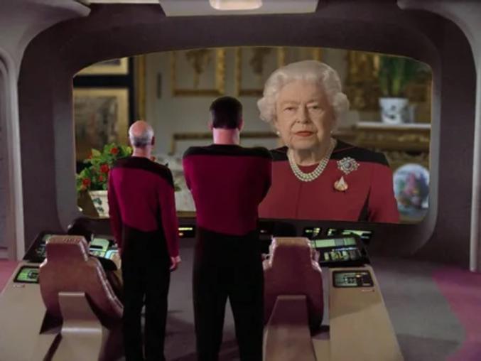 JC = Jean-Claude (Vandamme) Et bien entendu, le prince Charles est mort du Coronavirus en 2020.