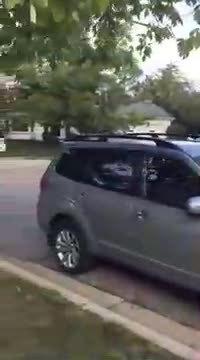 Livraison d'une pizza avec une voiture autonome