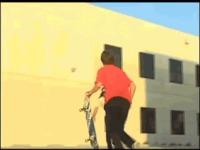 Michael Bay filme du Skateboard